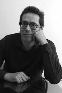 César Aida